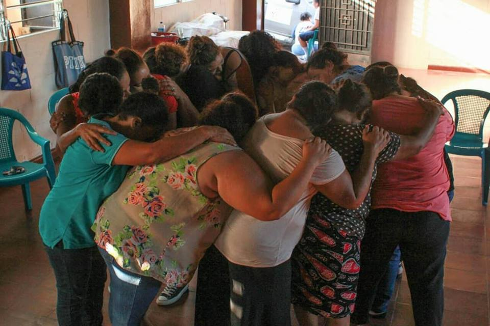 TALLER DE LA CACHADA TEATRO A MUJERES DE MEJICANOS